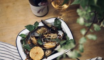 Mussel with white wine & butter